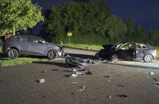 Auf Ölspur in den Gegenverkehr gerutscht - Autofahrer stirbt