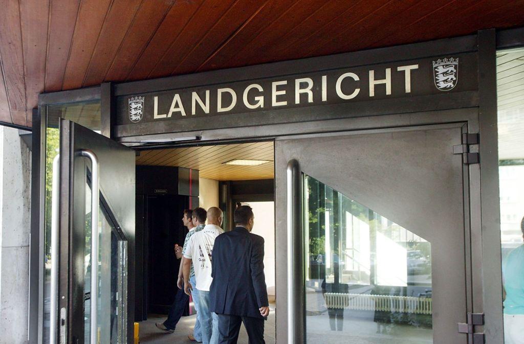 Den Klägern teilweise Recht gegeben: das Landgericht Stuttgart Foto: StZ