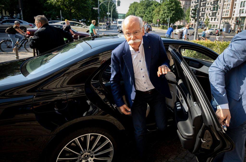 Daimler-Chef Dieter Zetsche muss wieder nach Berlin. Foto: dpa