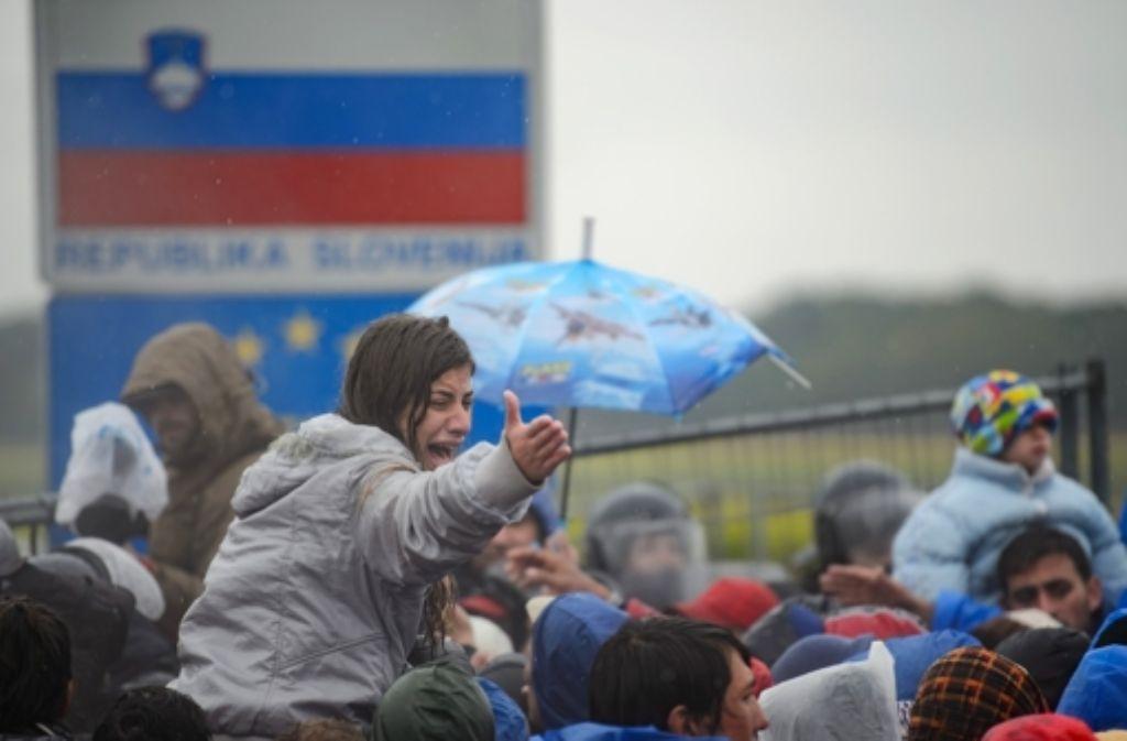 Die EU-Chefs treffen sich am Sonntag, um über die Flüchtlingskrise auf dem Balkan zu beraten. Die Lage auf dem Balkan ist angespannt, Slowenien ist der Brennpunkt auf der Balkan-Route. Foto: AFP