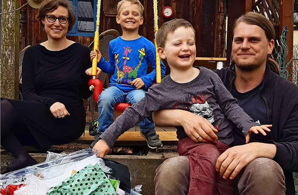 Lena, Emilian, Laurin und Bastian Winkler haben versucht, auf Plastik zu verzichten. Foto: Frank Wahlenmaier