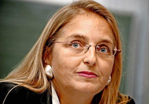 Singler tritt zurück und kritisiert Paoli
