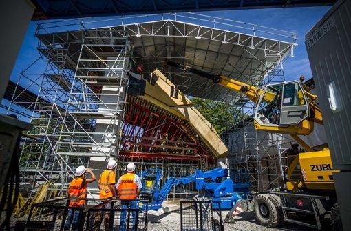 Die Dachstützen auf der Stuttgart-21-Baustelle im Mittleren Schlossgarten sind eine komplizierte Konstruktion. Foto: Lichtgut/Max Kovalenko