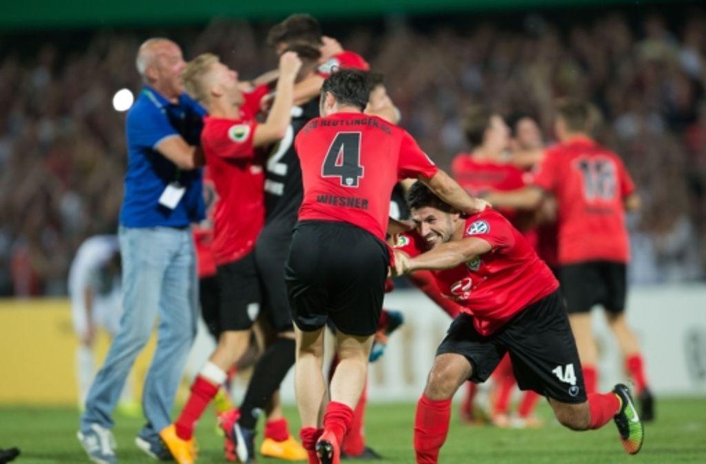 Nach dem Pokal-Triumph gegen den Karlsruher SC empfängt der SSV Reutlingen nun im WFV-Pokal die Stuttgarter Kickers.  Foto: dpa
