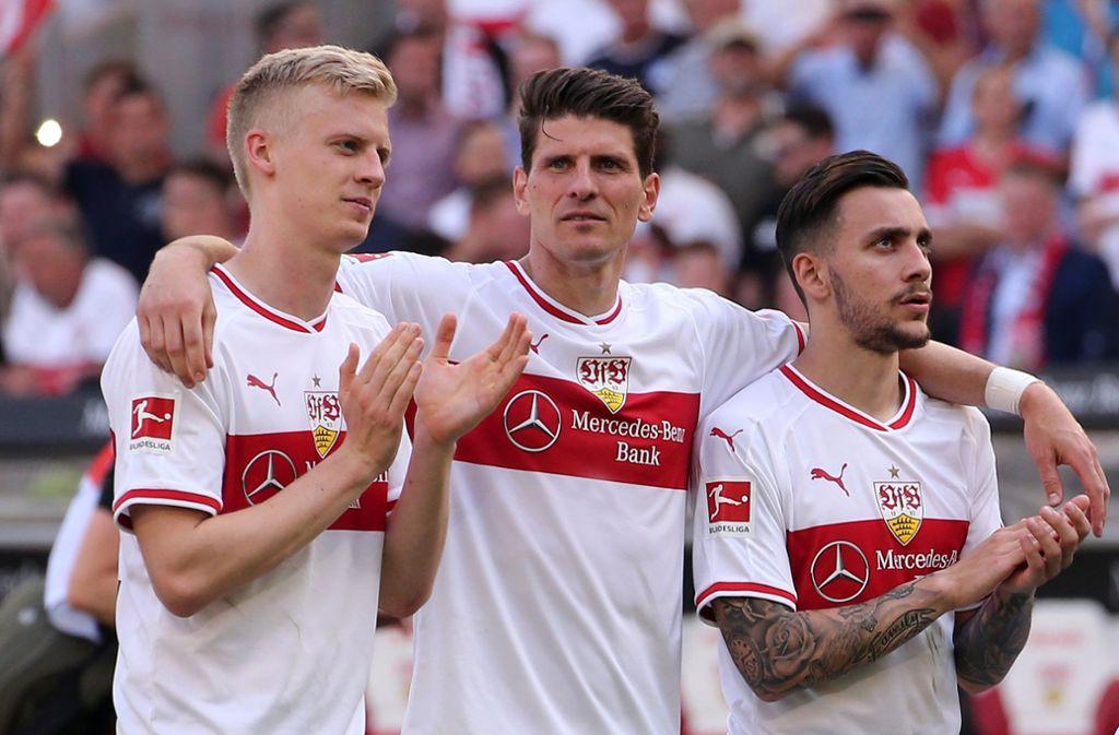 Timo Baumgartl, Mario Gomez und Anastasios Donis (von links) sind zum Saisonauftakt mit dem VfB beim FSV Mainz 05 gefordert. Foto: AP