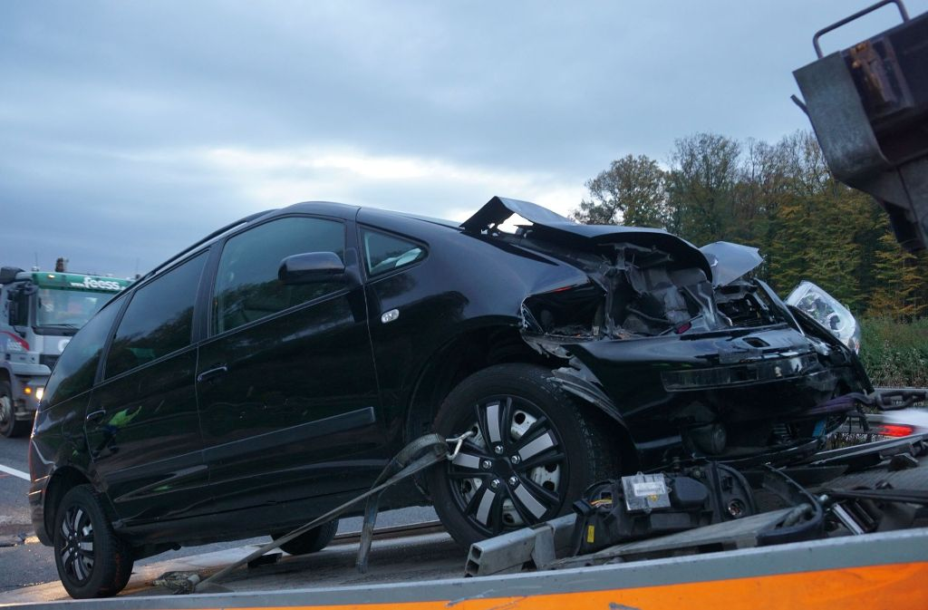 Am Freitagmorgen ist es zu einem Unfall auf der A8 gekommen. Foto: SDMG