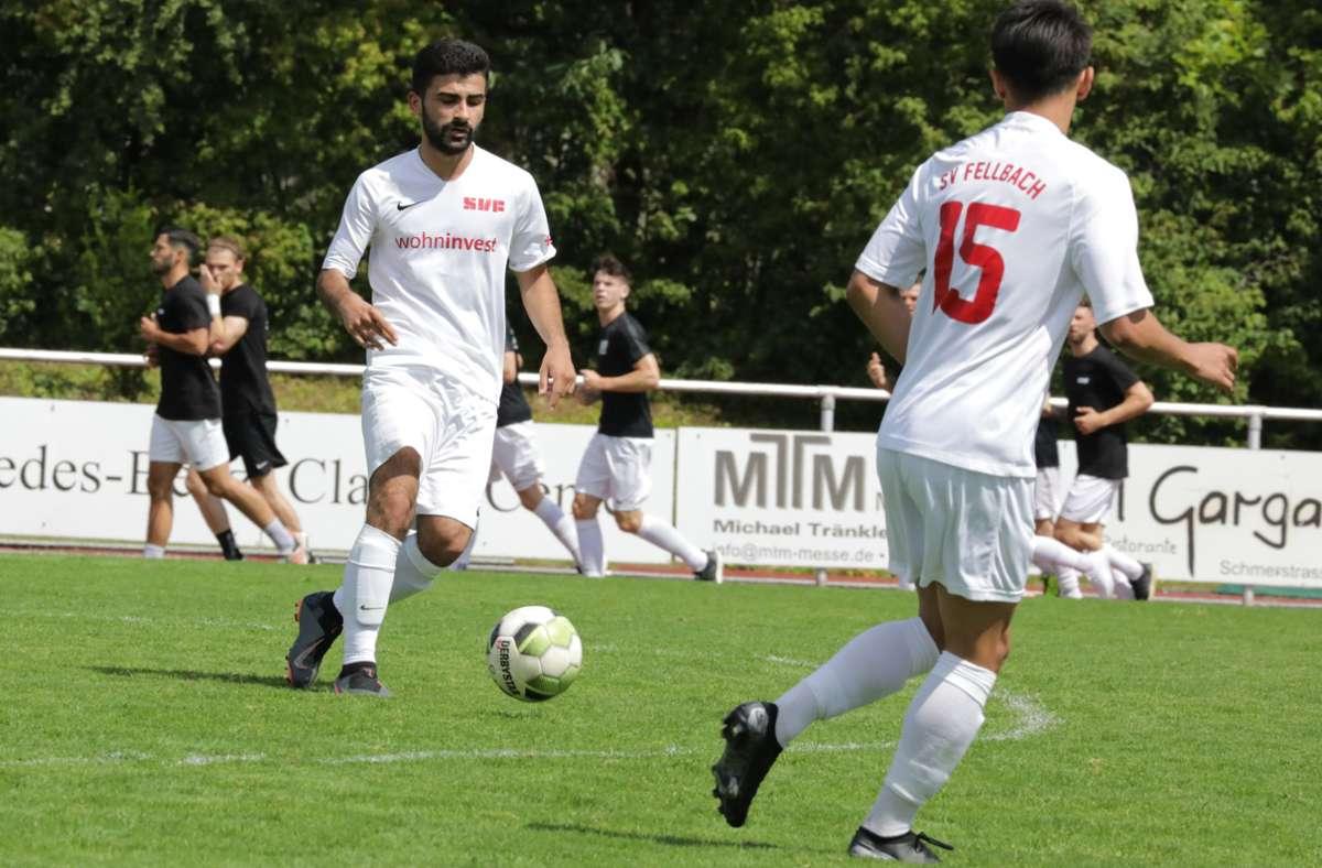 Burak Sönmez  (am Ball) zieht sich erst einmal aus dem Verbandsliga-Team zurück. Foto: Patricia Sigerist