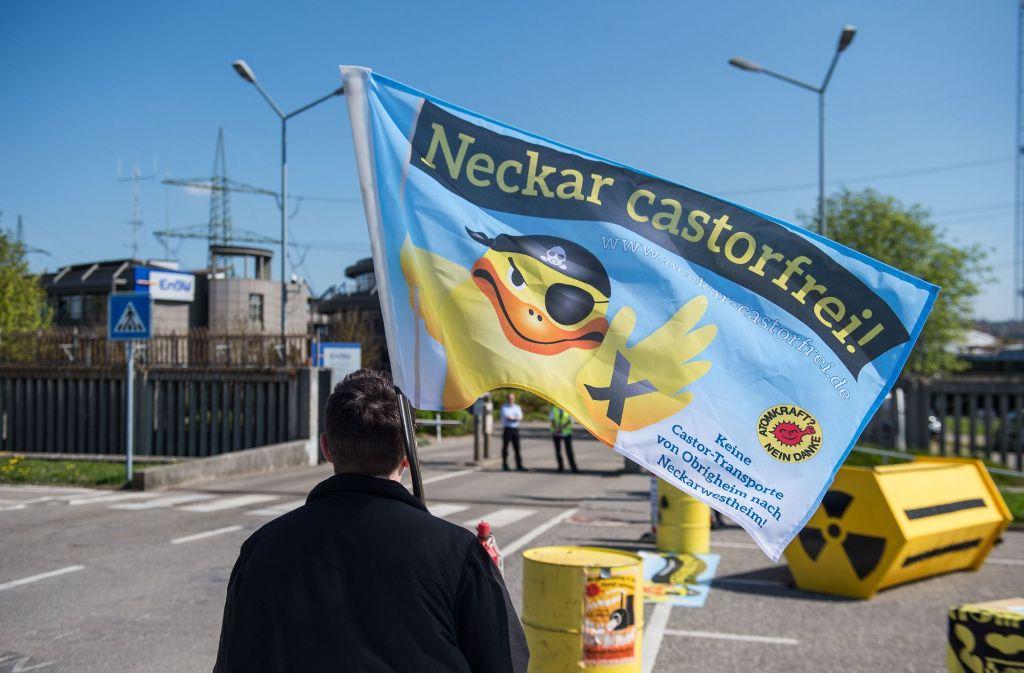 Die Gegner von Castortransporten auf dem Neckar haben ihren Widerstand angekündigt. Foto: dpa