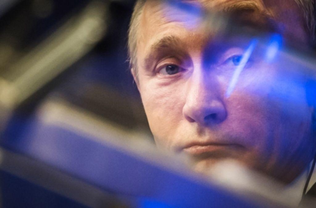 Verbittet sich Belehrungen der EU: Russlands Präsident Putin Foto: AP