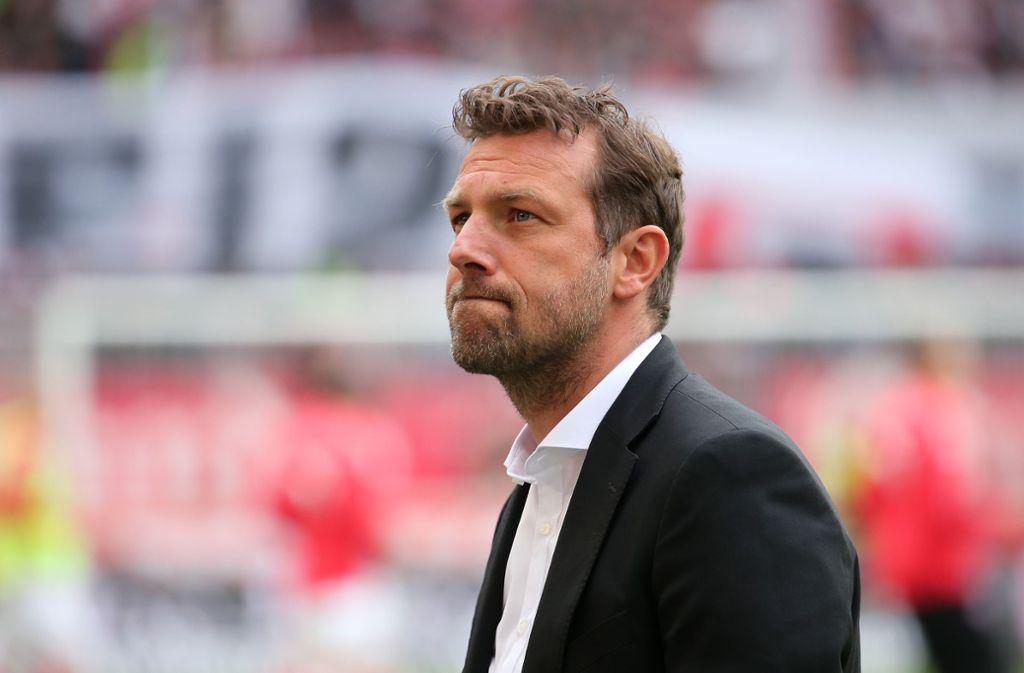 Das war's für Markus Weinzierl: Nach nur sechs Monaten ist Schluss für ihn beim VfB. Foto: Baumann