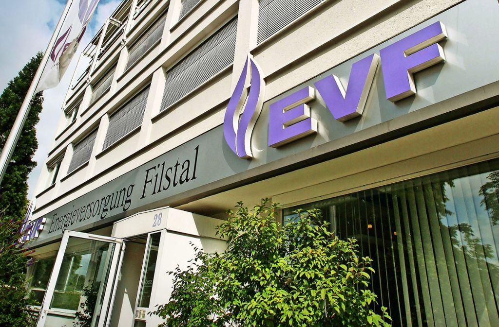 Die Baustelle ist direkt neben dem Verwaltungsgebäude der EVF in Göppingen. Foto: Horst Rudel