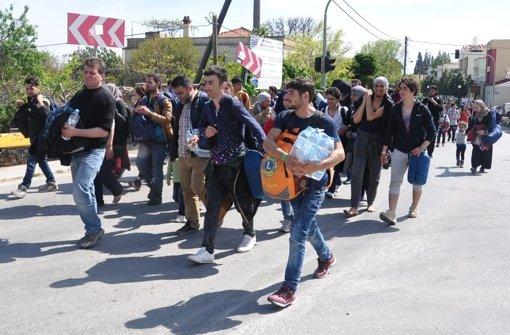 """Flüchtlinge protestieren gegen """"Deportation"""""""