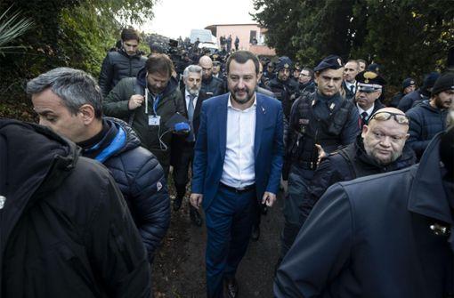 Salvini und der Weihnachtsmann
