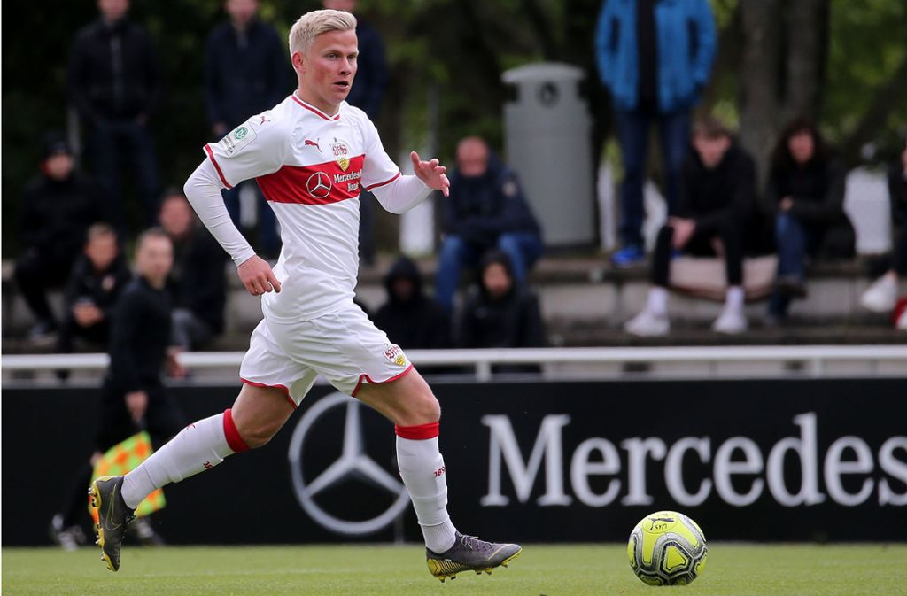 Mittelfeldspieler Per Lockl gelang am Wochenende ein Traumtor. Foto: Pressefoto Baumann/Julia Rahn