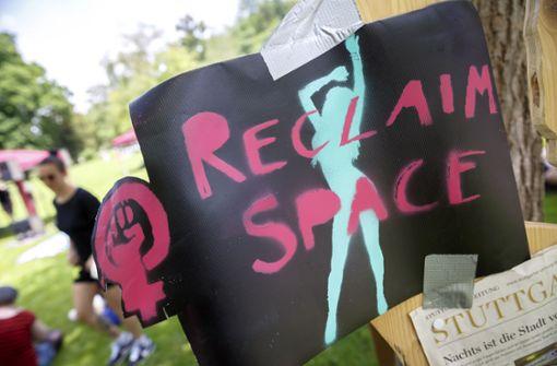 Frauenkollektiv Stuttgart macht auf Angsträume aufmerksam