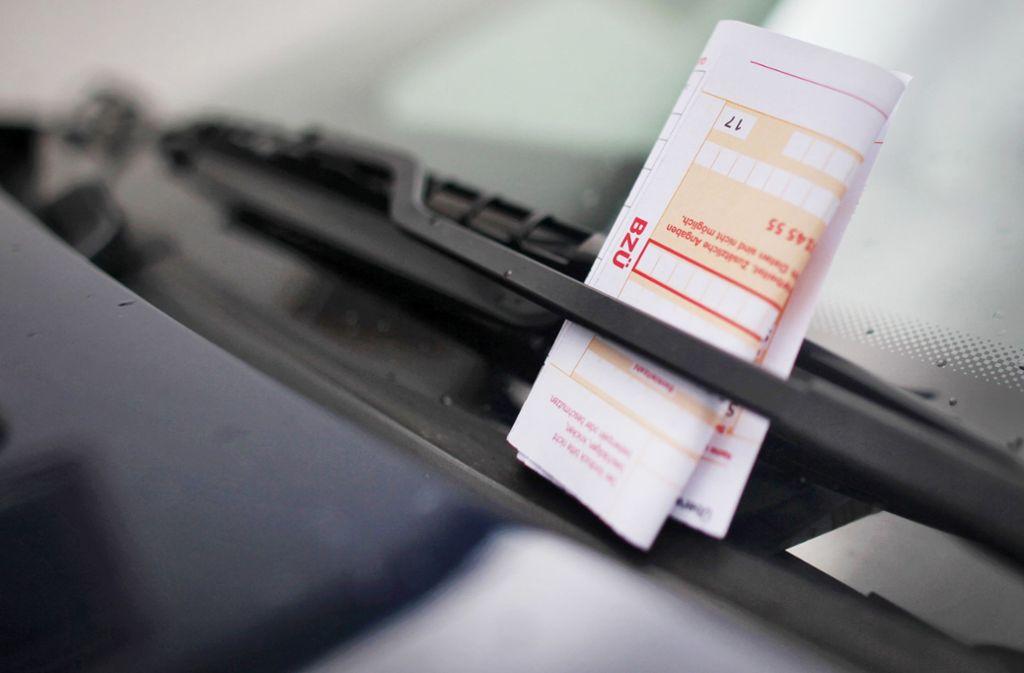 Der junge Mann rastete aus, als er den Strafzettel an seinem Auto bemerkte (Symbolbild). Foto: dpa/Fredrik von Erichsen