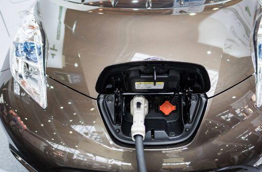 Jobverluste und Überschuldung durch E-Autos?