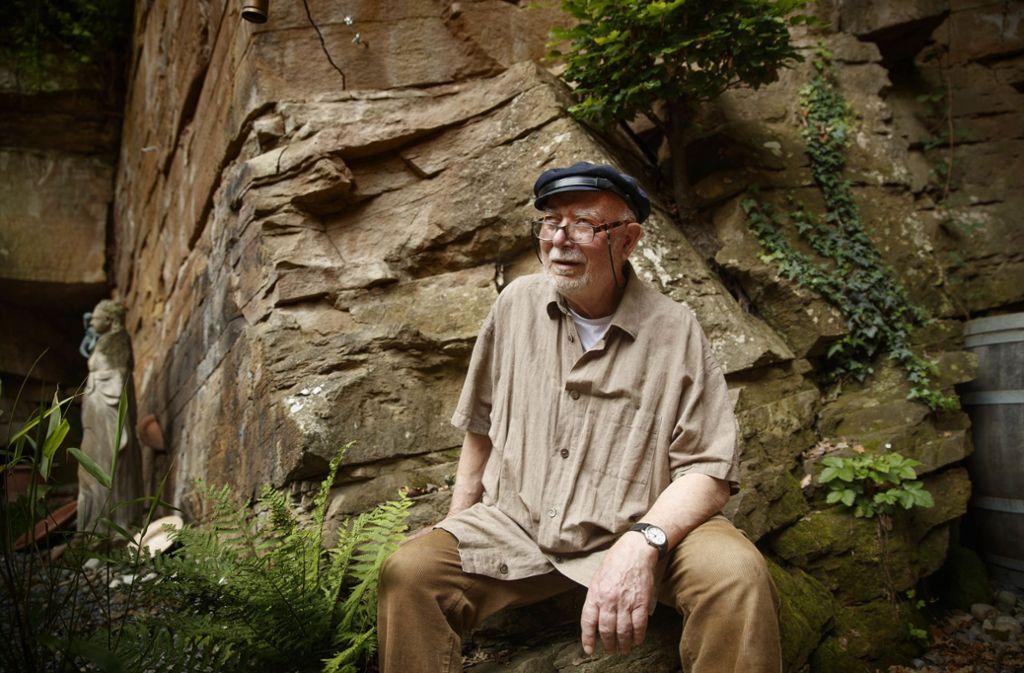 Steinmetz und Bildhauer: Martin Kirstein in seinem Steinbruch Foto: