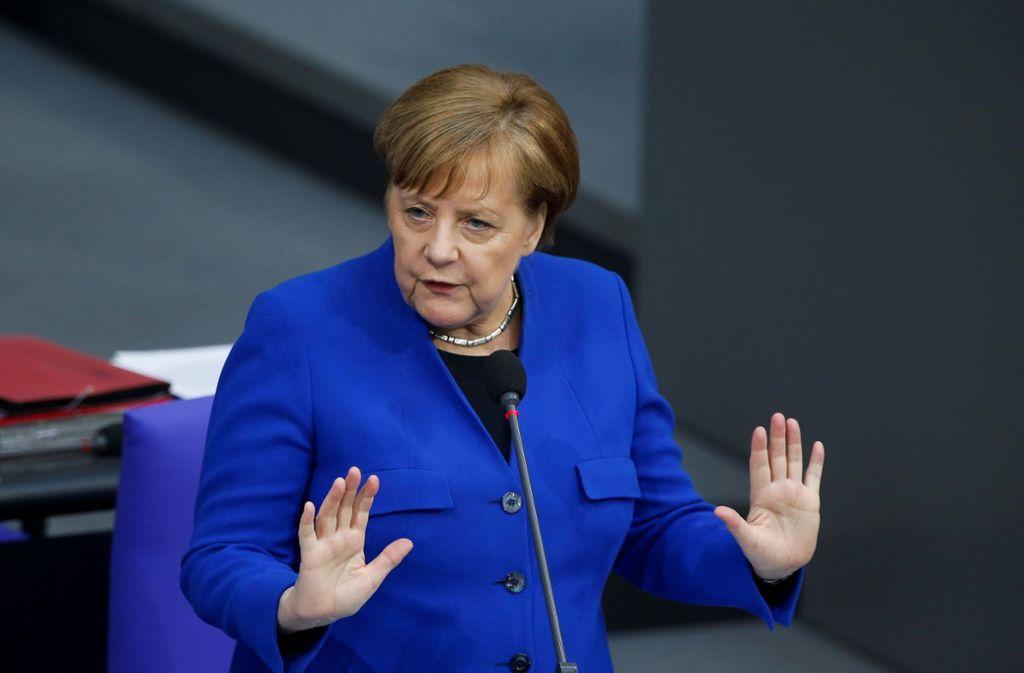 Kanzlerin Merkel während der Befragung im Bundestag Foto: Anadolu