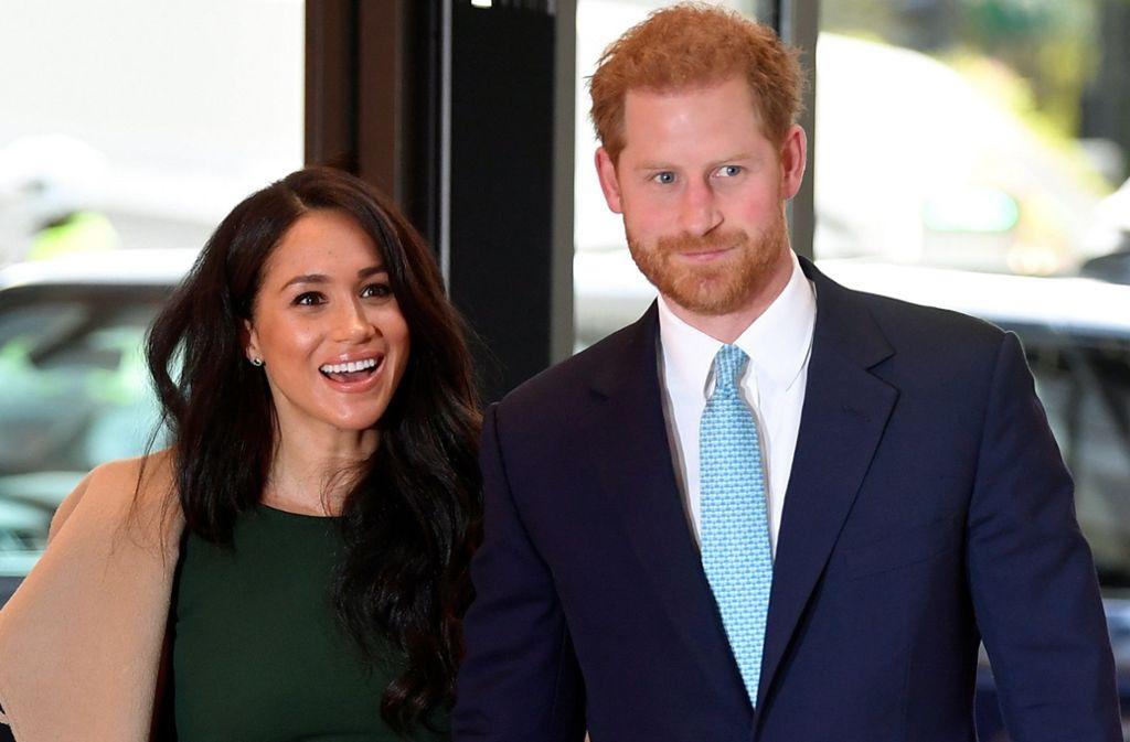 Herzogin Meghan und Prinz Harry müssen auf ihren königlichen Titel verzichten. Foto: dpa/Toby Melville