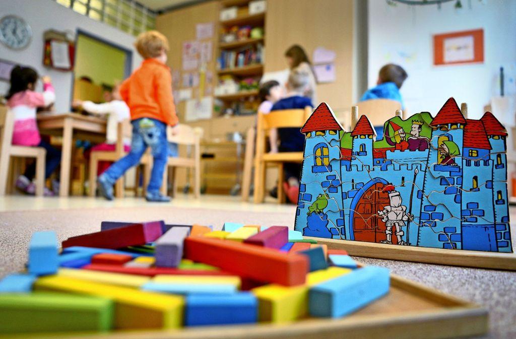Die Evangelische Kirche droht, in Göppingen drei Kindergärten zu schließen, wenn die Stadt ihren finanziellen Zuschuss nicht erhöht. Foto: dpa/Monika Skolimowska