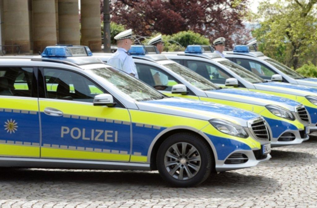 Ein 34 Jahre alter Mann war auf der Flucht vor der Polizei und suchte sich den falschen Weg aus: Er landete auf einem Polizeiareal. (Symbolbild) Foto: dpa