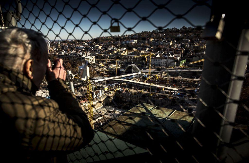 Eingezäunt: der Blick auf die S-21-Baustelle von oben. Foto: Lichtgut/Leif Piechowski