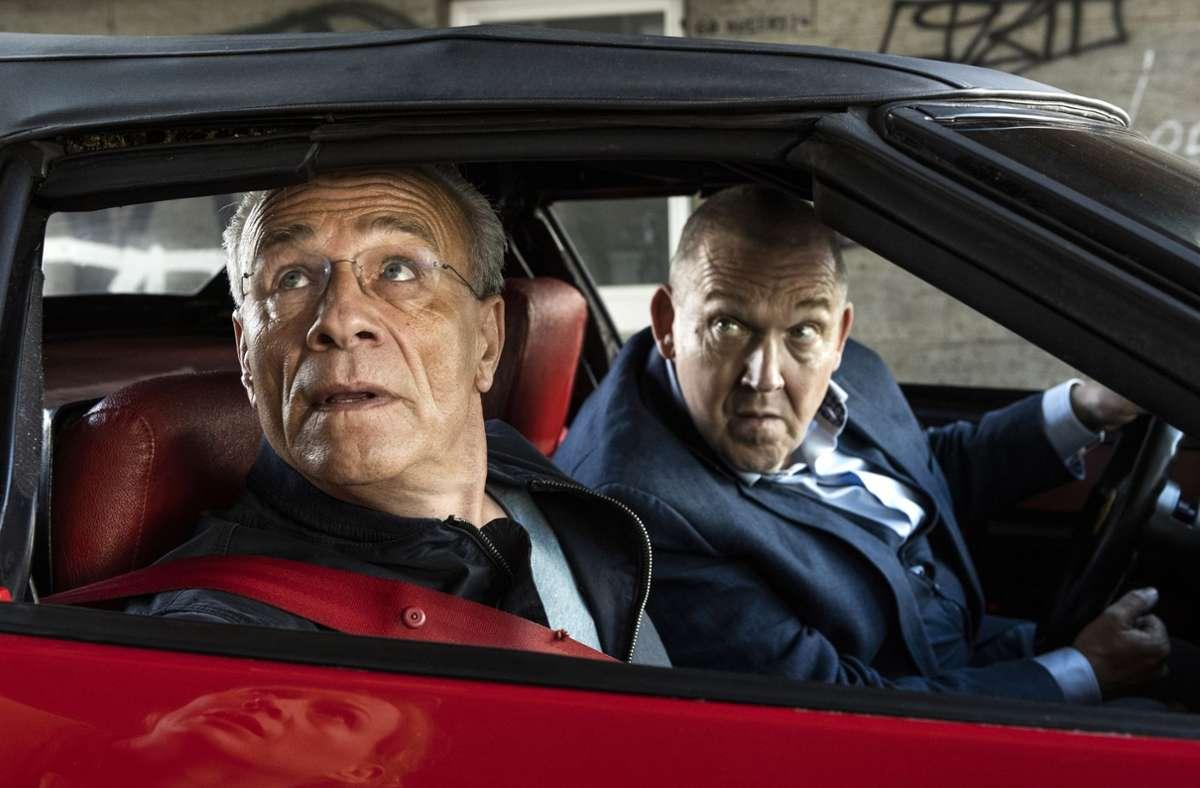 Die Kölner Kommissare Max Ballauf (Klaus J. Behrendt, links) und Freddy Schenk (Dietmar Bär) im Einsatz. Foto: WDR/Bavaria/Martin Valentin Menke