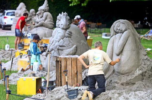 Der kleine Drache aus Sand begeistert die Blüba-Besucher