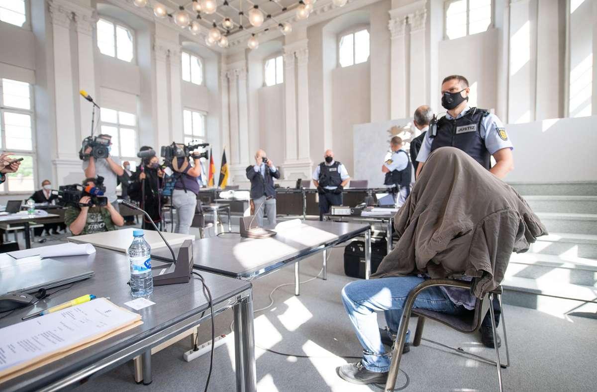 Der 27-jährige Angeklagte hat vor dem Landgericht Ellwangen die Tat gestanden. Foto: dpa/Sebastian Gollnow