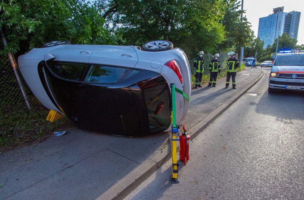 Ein Bild des Unfalls: Die junge Autofahrerin erlitt dabei einen Schock. Foto: 7aktuell.de/ 7aktuell/7aktuell.de   7aktuell
