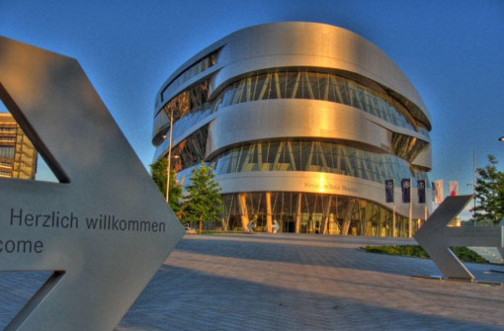 Bei der ersten Social Media Night im Stuttgarter Mercedes-Benz-Museum geht es unter anderem um die Rolle von sozialen Netzwerken für die Unternehmensführung. Foto: Leserfotograf dslhaber