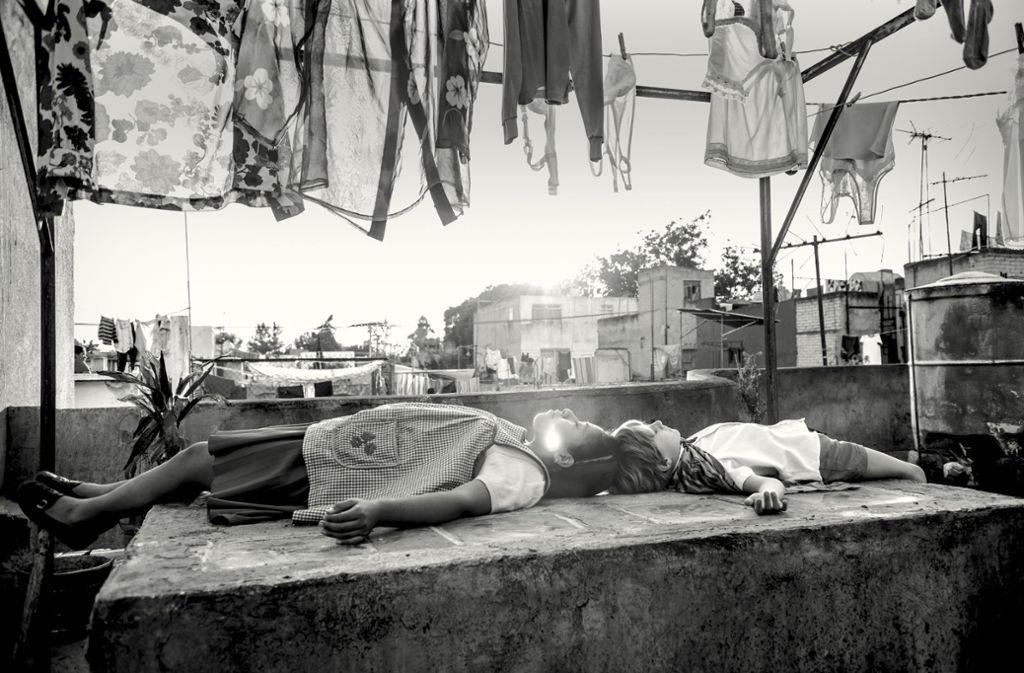 """Szene aus Alfonso Cuaróns mexikanischem Filmdrama """"Roma"""", der eine autobiografisch geprägte Geschichte erzählt. Foto: Netflix"""