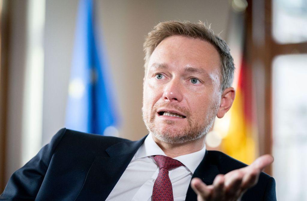 """FDP-Chef Christian Linder fordert von der Bundesregierung ein """"Anti-Krisen-Paket"""" wegen des Coronavirus und den Folgen für die Wirtschaft. Foto: picture alliance/dpa/Kay Nietfeld"""