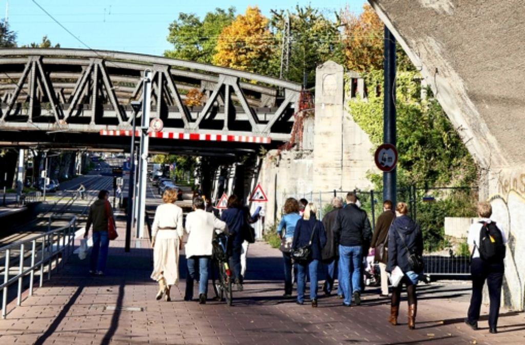 Rund drei Stunden führte Alexandra Birkert vom Nordbahnhof nach Cannstatt. Foto: Rudel