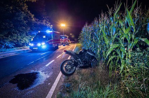 Drogenrausch – Motorradfahrer  stürzt ins Maisfeld