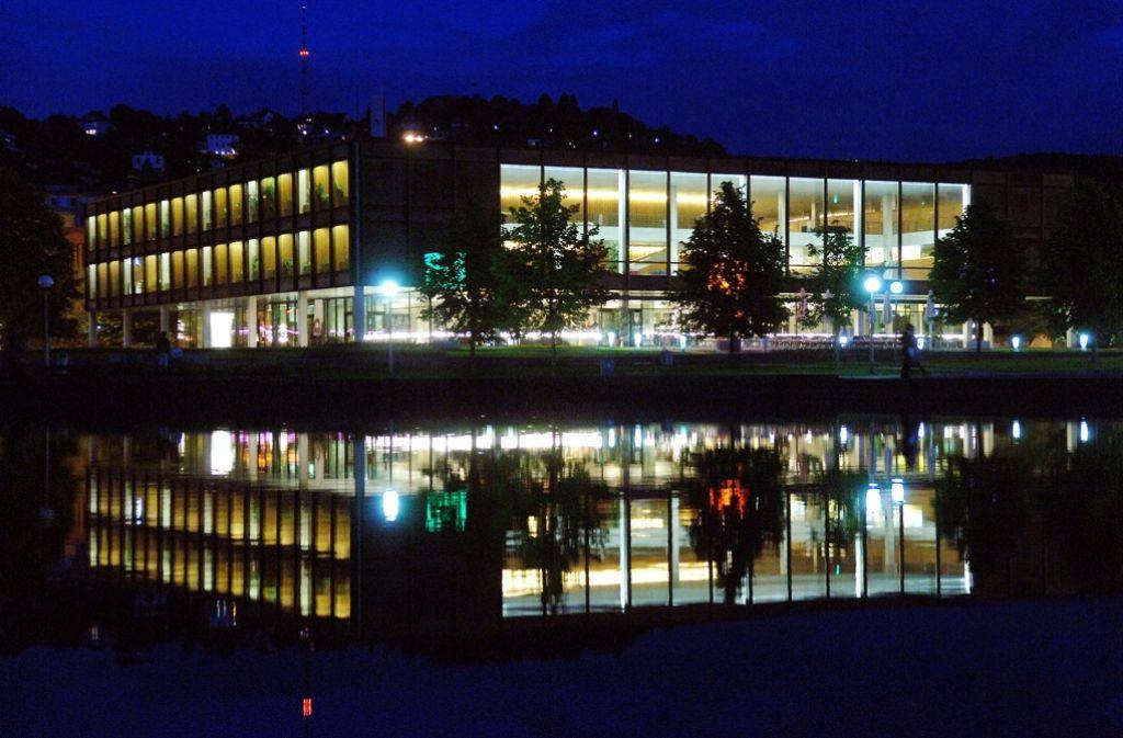 Stuttgart bei Nacht: Die Landeshauptstadt hat auch an diesem Wochenende wieder viel zu bieten. Foto: dpa