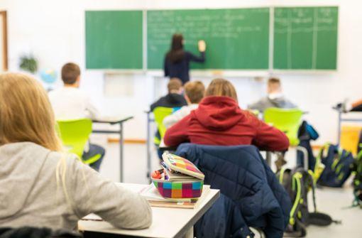 Ministerium sucht Helfer für Lernprogramm