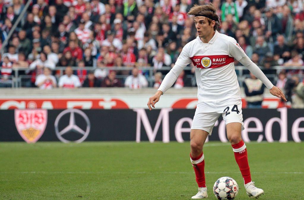 Im Spiel des VfB Stuttgart gegen  den 1. FC Nürnberg wurde Borna Sosa eingewechselt – darf er gegen Bayer Leverkusen von Beginn an ran? Foto: Baumann