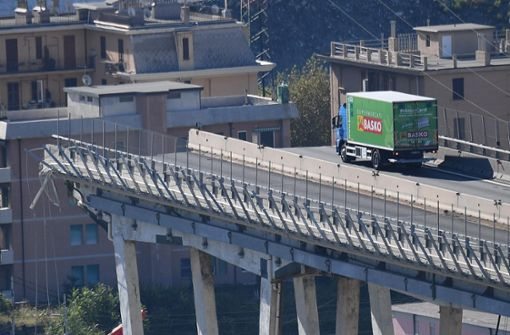"""Fahrer des grünen Lkw: """"Habe instinktiv den Rückwärtsgang eingelegt"""""""