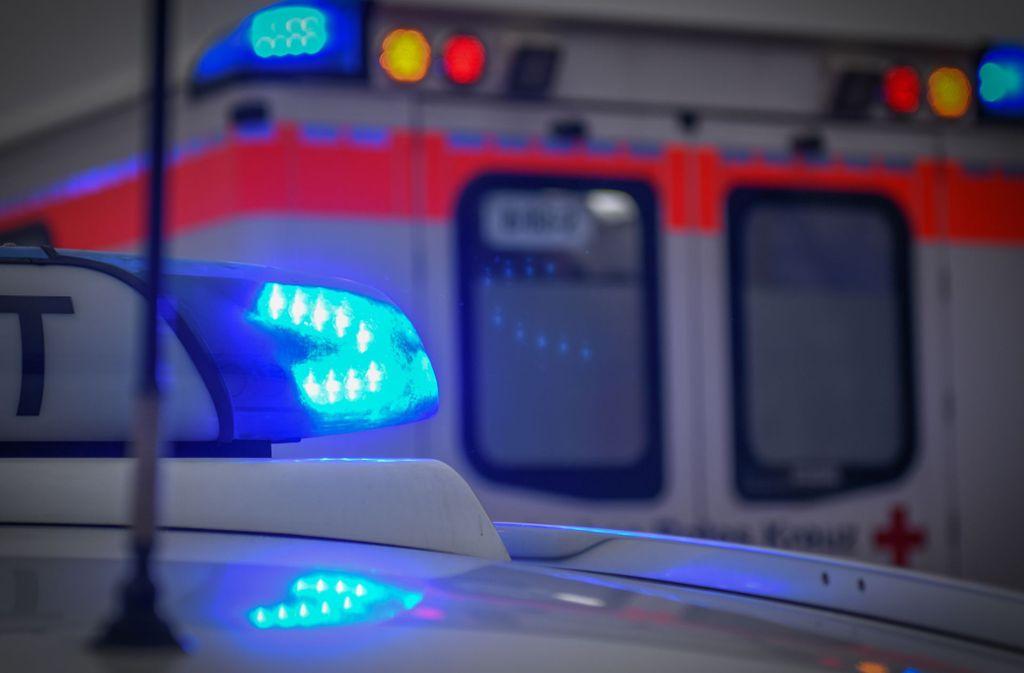 In Albstadt ist ein Mann nach einer Messerattacke gestorben (Symbolbild). Foto: imago images/onw-images/Marius Bulling