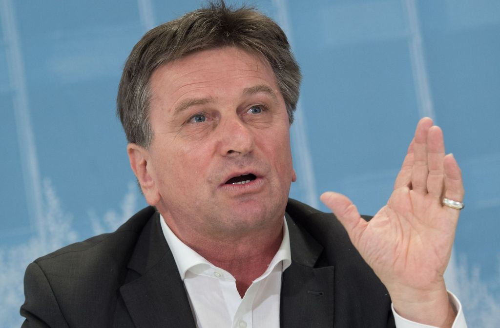 Gilt als Freund klarer Worte: Minister Manfred Lucha (Grüne) Foto: dpa