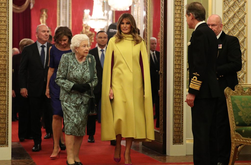 Queen Elizabeth II. mit First Lady Melania Trump (rechts). Foto: AFP