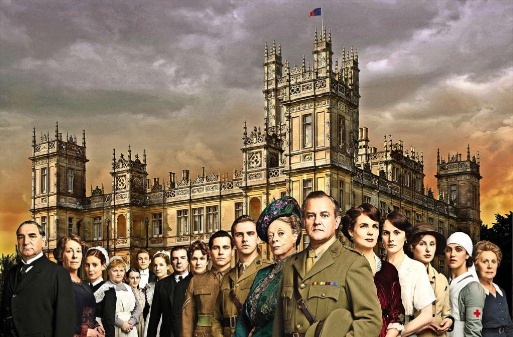 """Brave Bediente und ihre stolzen Herren, getrennt und doch vereint: das war viele Folgen lang das Ideal von """"Downton Abbey"""". Foto: Nick Briggs/ITV for Masterpiece"""
