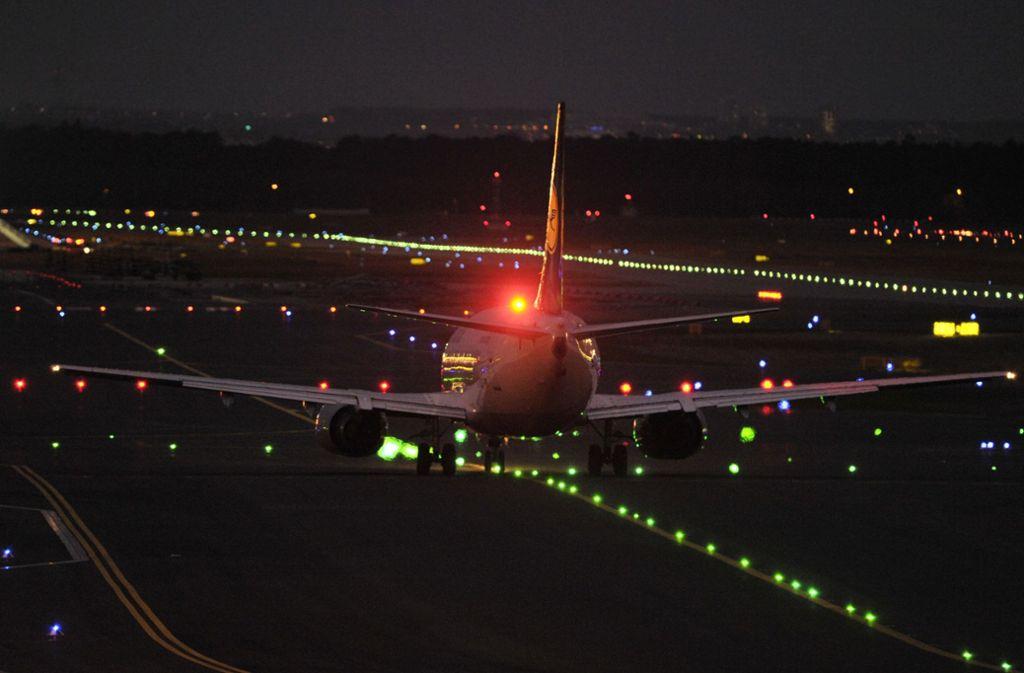 Der Verdächtige soll seinen Laserpointer auf Flugzeuge gerichtet haben. Foto: Symbolbild/dpa