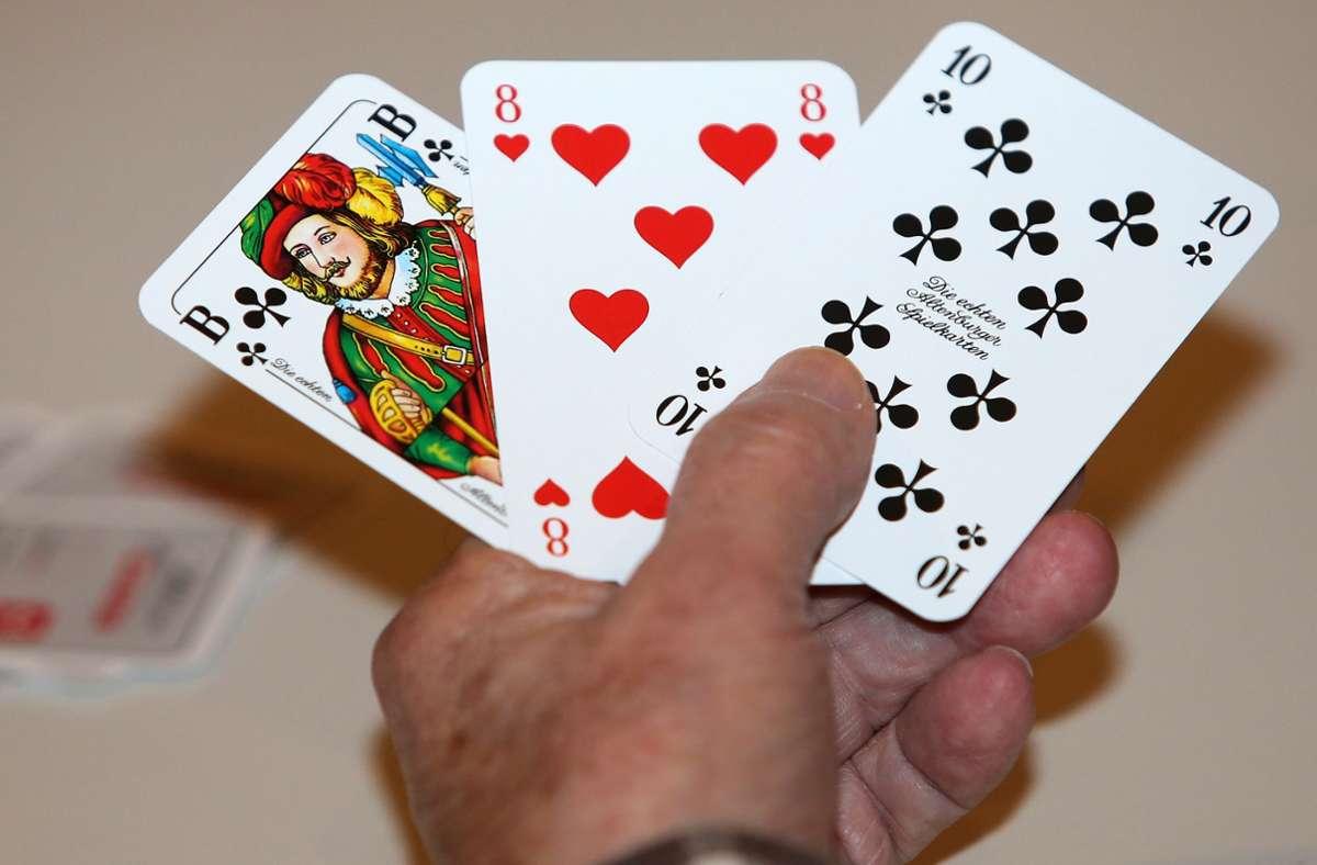 Die Männer im Alter von 41 und 64 Jahren hätten die Runde dann nur widerwillig aufgelöst (Symbolbild). Foto: Pressefoto Baumann/Julia Rahn