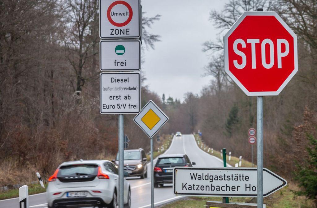Das Diesel-Fahrverbot sorgt im Gemeinderat weiter für Streit. Die Kommune muss es hinnehmen. Foto: Lichtgut/Julian Rettig