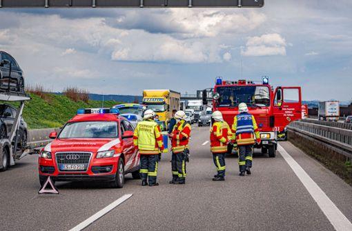 Autofahrer verursacht Unfall auf A8 durch Sekundenschlaf