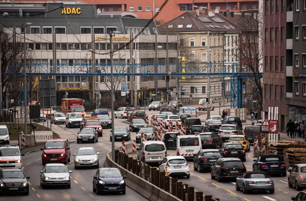 Ein kritischer Punkt in der Stadt: Die Baustelle am Neckartor. Foto: Lichtgut/Max Kovalenko