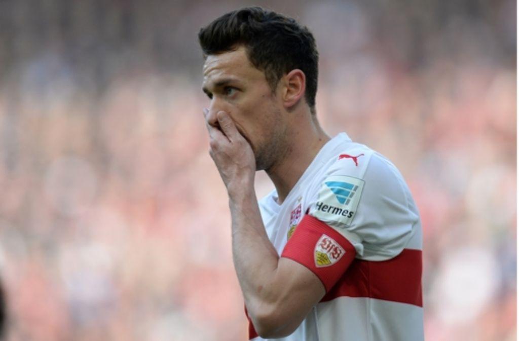 Der VfB (mit Christian Gentner) hat sich unter Druck gesetzt. Foto: dpa